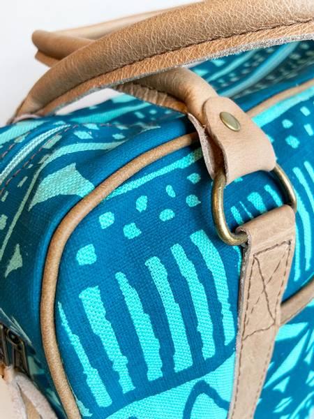 Small daybag Batikk - Turkis veske